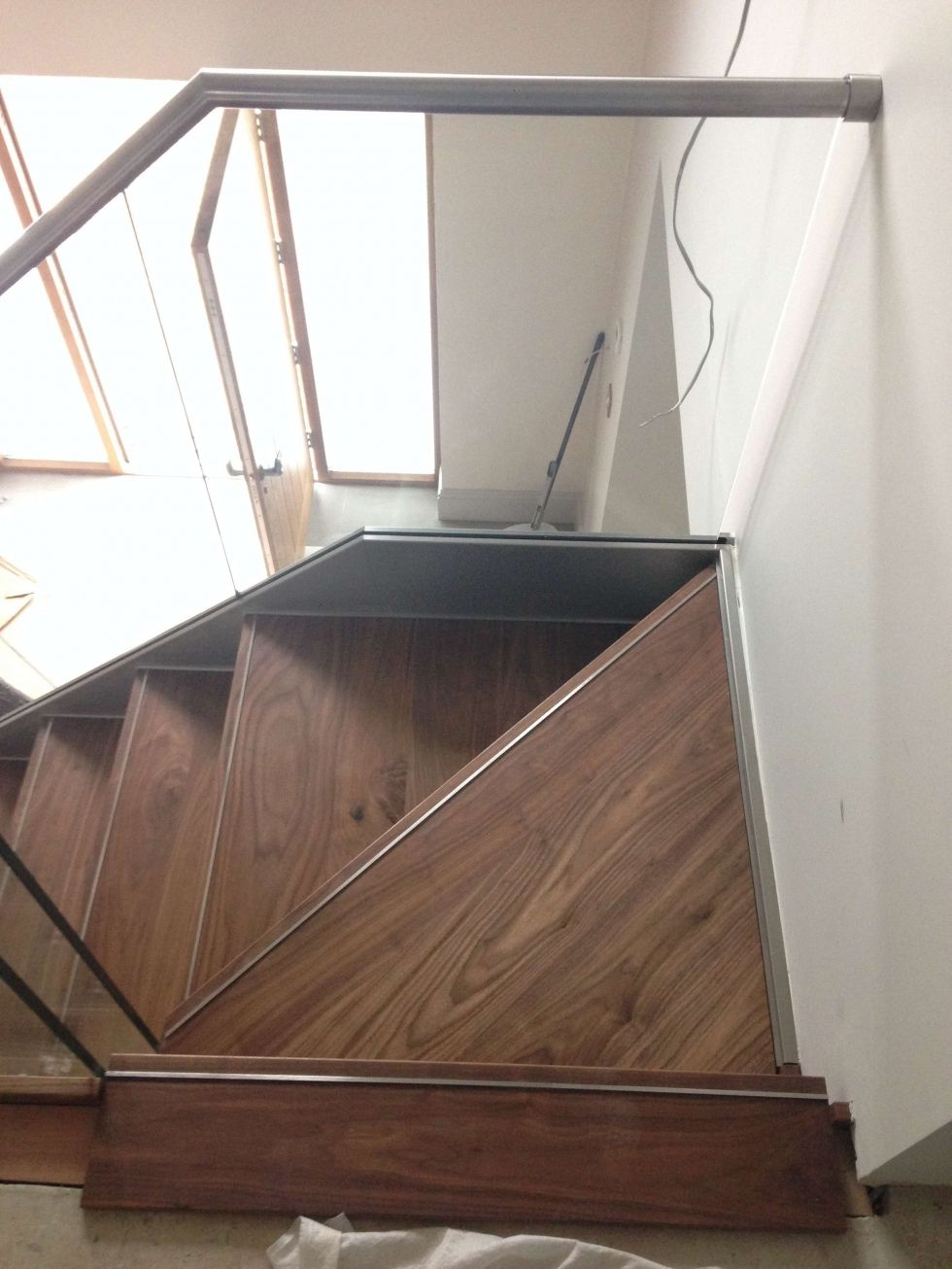 Hidden Fixings Glass Balcony Cantileavered: Walnut & Hidden Fixings Stainless Steel Staircase