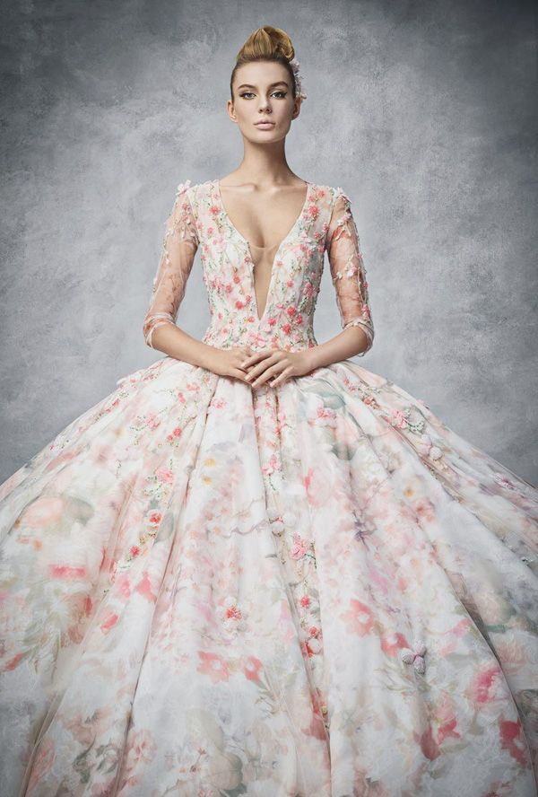 22 gorgeous floral wedding dresses blooming with new details 22 gorgeous floral wedding dresses blooming with new details junglespirit Images
