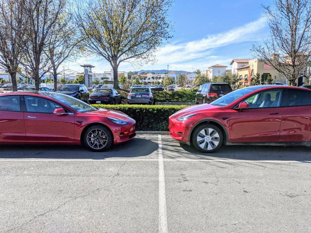 Another Tesla Model Y Size Comparison Shows Higher Ride Height