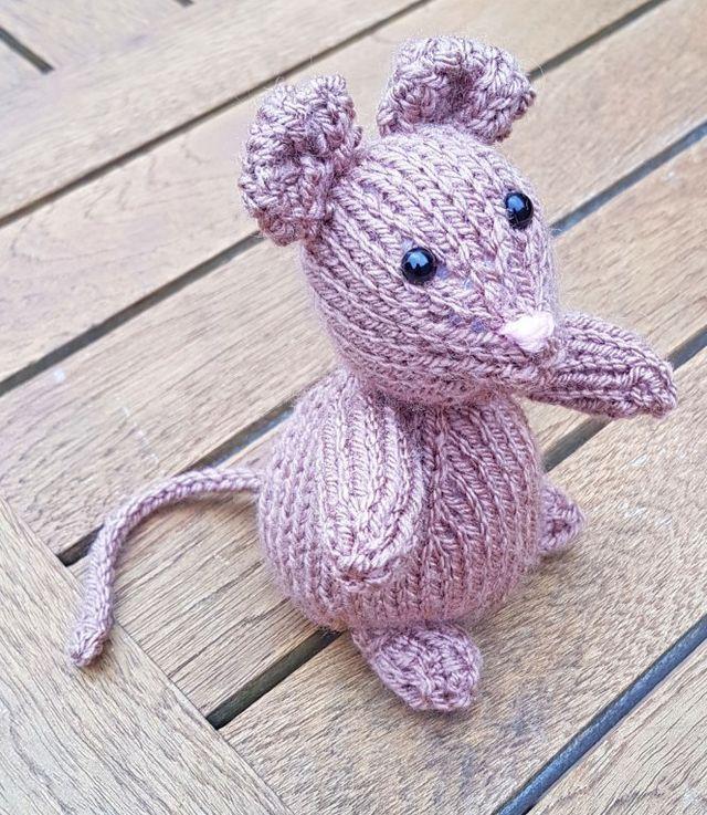 Free Knitting Pattern…Meet Freddie (jo-creates.com)
