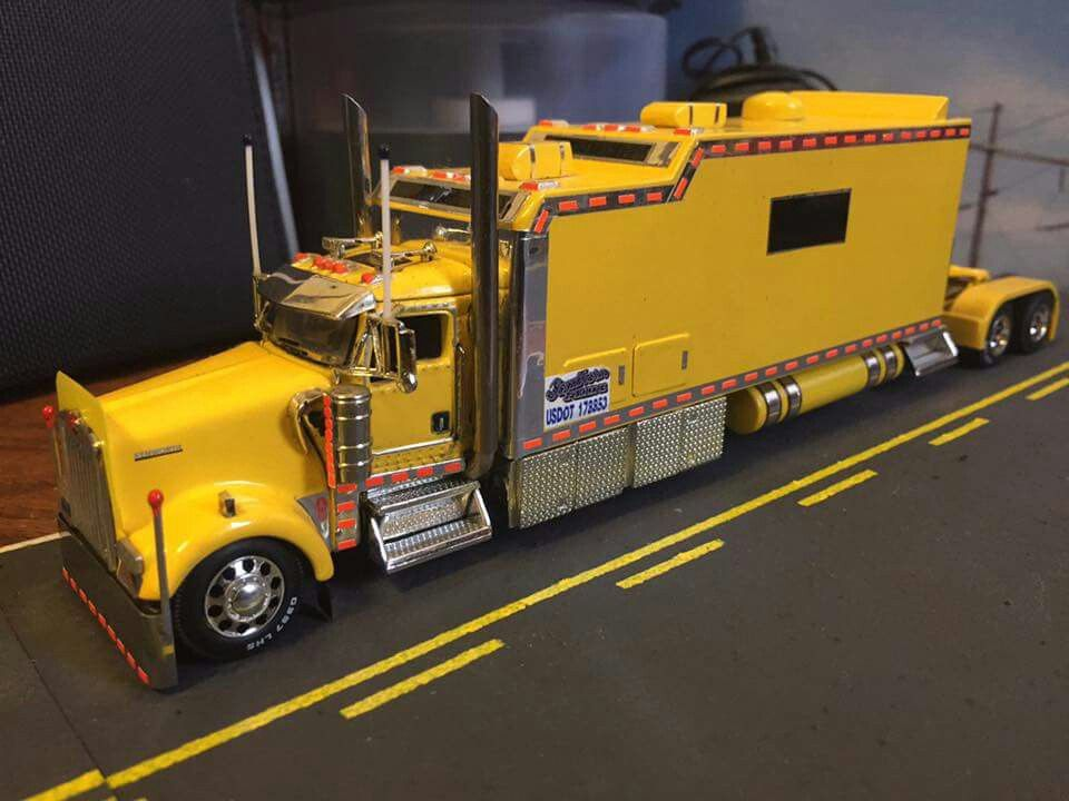 Custom Toy Semi Trucks : Kenworth w l huge custom sleeper tractor trucks