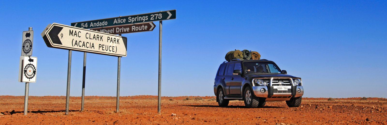 Driving old andado track binns track simpson desert
