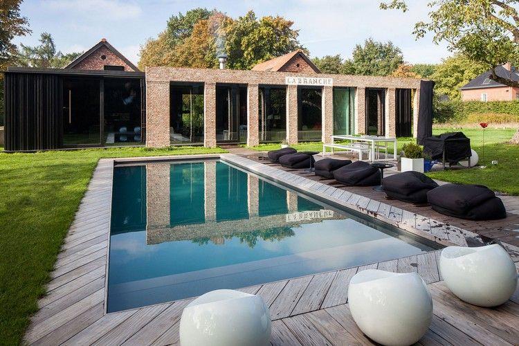 aménagement autour d\'une piscine avec pelouse et bois massif ...