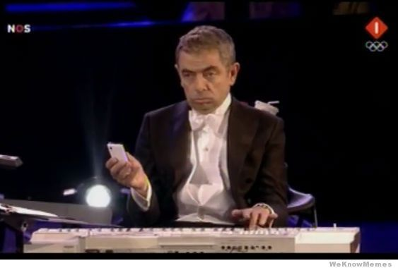 HUMOR: Mr. Bean speelt keyboard bij