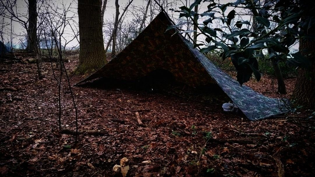 Easytobuild Saveshelter Fireplace Shelters Survival Outhouse