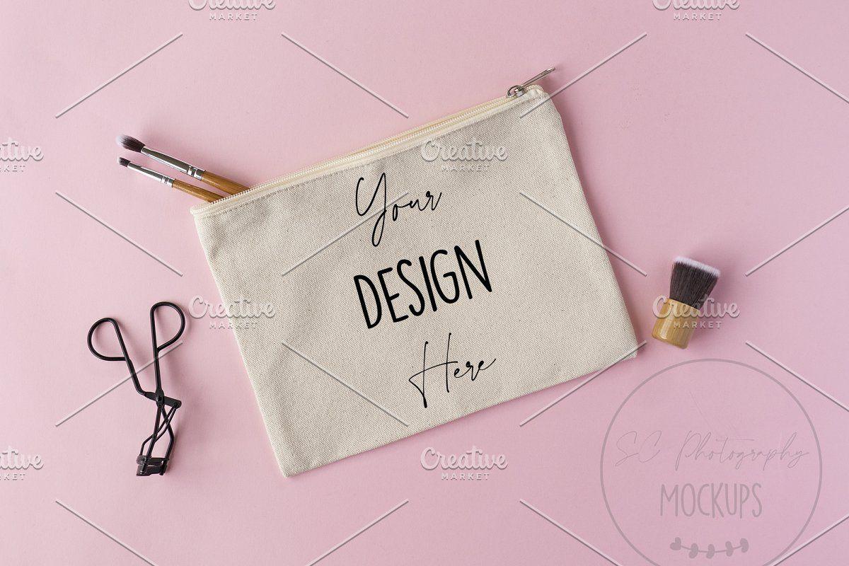 Download Canvas Makeup Bag Mockup Bridal In 2020 Canvas Makeup Bag Bag Mockup Makeup Bag