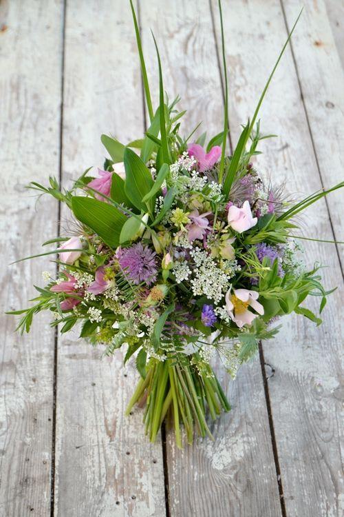 DIY wild flower bouquet tuotorial | Wildflower bouquet ...