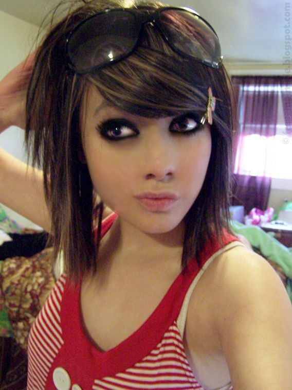 Emohairstyles free emo wallpapers emo girl hairstyle with cute emo hairstyles for medium length hair short black hair photos emo hair styles for girls with medium hair voltagebd Gallery