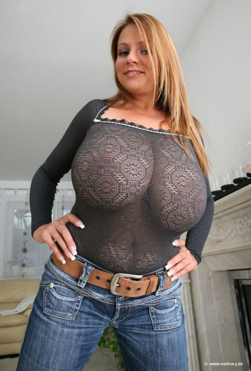 moms natural tits