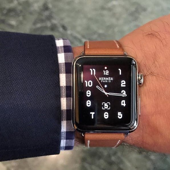 b56ed179f2e It s Now Ridiculously Easy to Get Your Hands on the Apple Watch Hermès