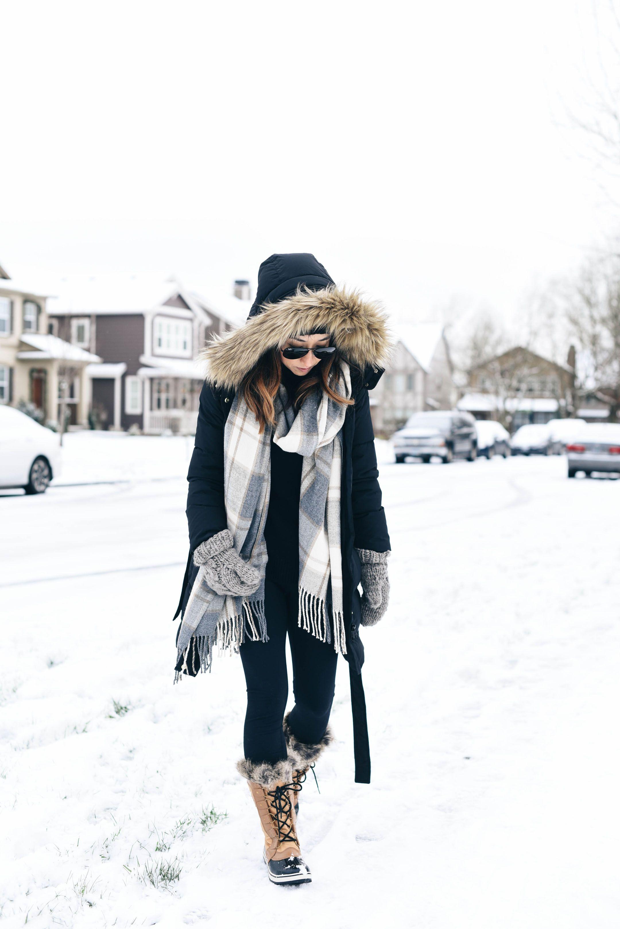 5adb33f76 Our First Snow Day | Fashion Bloggers | Winter fashion, Winter ...