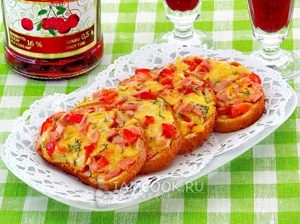 Горячие бутерброды «Деревенский завтрак» | Рецепт ...