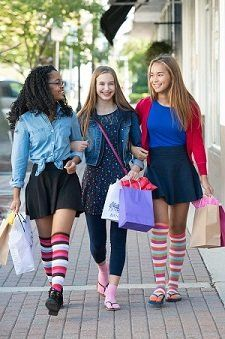 b0beb3b20 V-Toe Tabi Flip Flop Socks Over The Knee at Amazon Women s Clothing store
