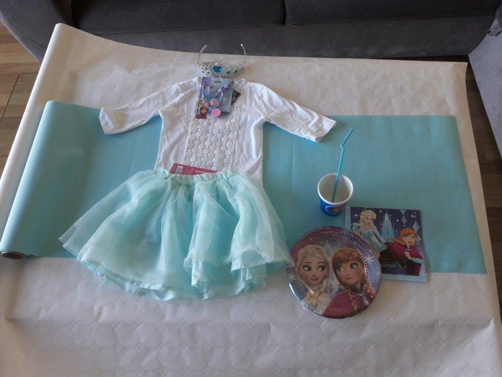 Spodniczka Pepco 14 99 Biala Bluzka Korona Zastawa Frozen Papierowe Kubki Niebieski Na Ktore Nakleilam Wydr Flower Girl Dresses Flower Girl Wedding Dresses