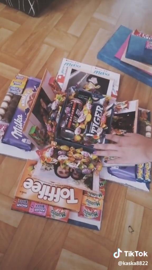 Boîte cadeau mignonne pour petit ami #boyfriendgiftsdiy Cette boîte cadeau explosive remplie …