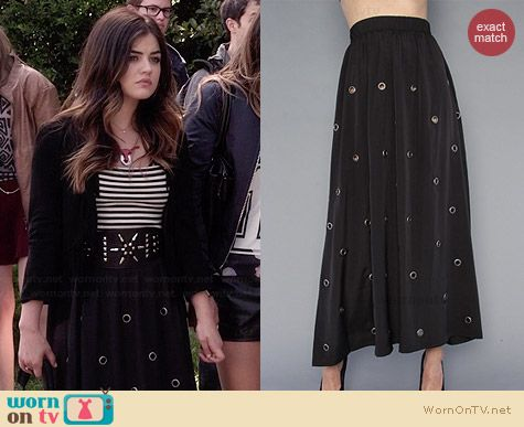 Aria's grommett detailed maxi skirt on Pretty Little Liars.  Outfit Details: http://wornontv.net/34579/ #PLL