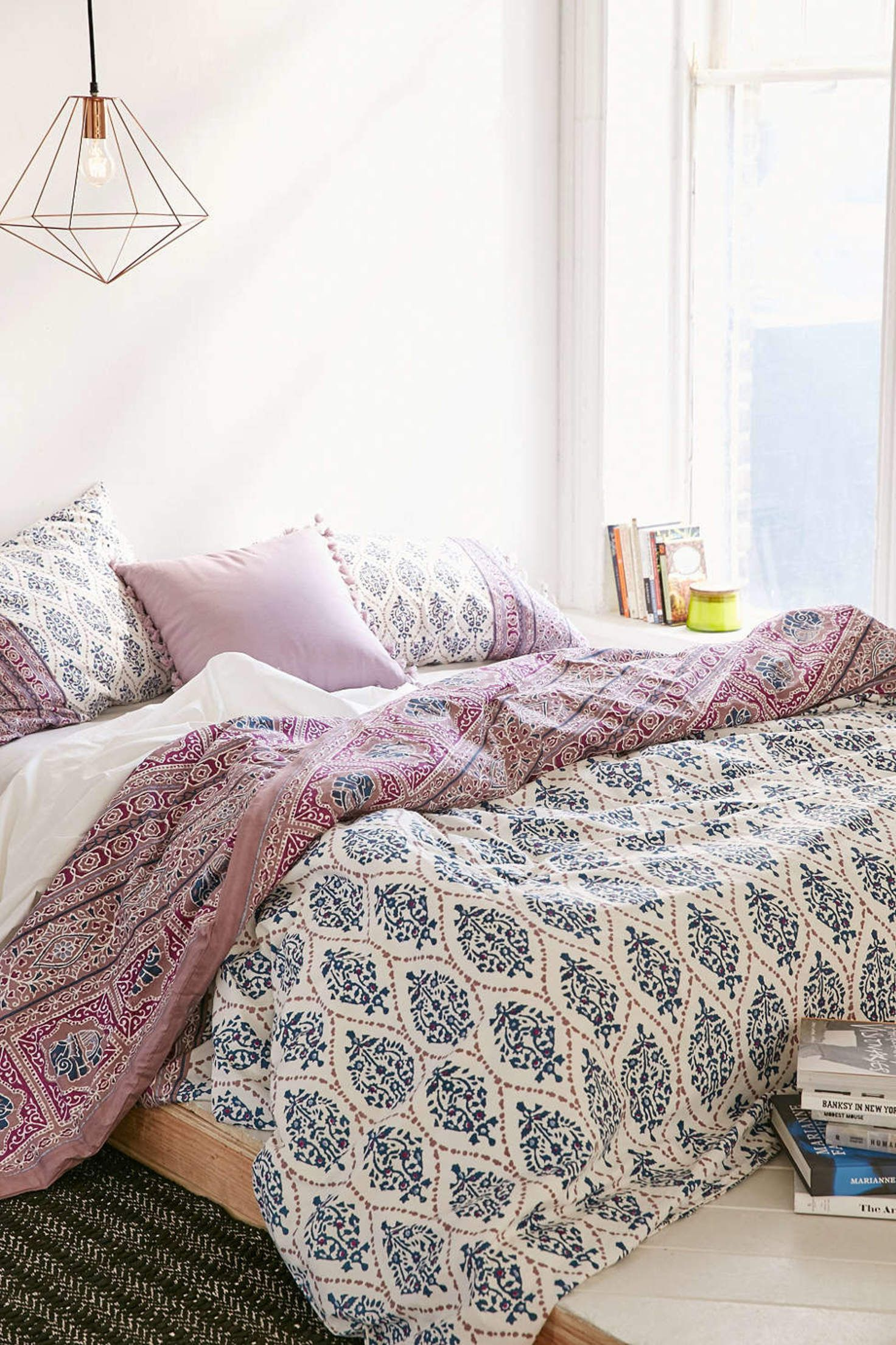 Urban Outfitters Bettwäsche Plum Bow Sofia Block Duvet Cover Urban Outfitters Room