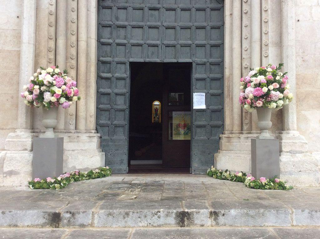 Addobbi Chiese Matrimonio Matrimonio Floreale Matrimonio Fiori Per La Chiesa Da Matrimonio