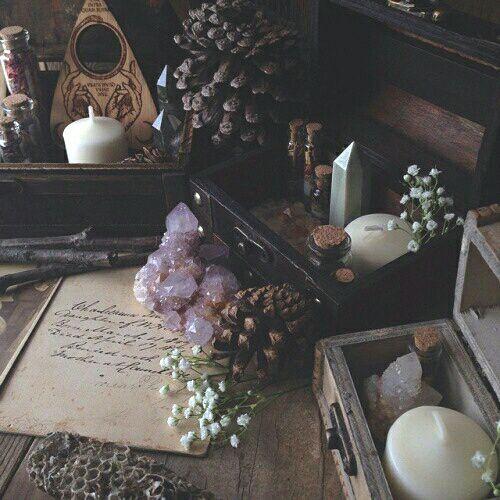 Pagan Home Decor: C ̧venka☥̧ / Sacred Spaces