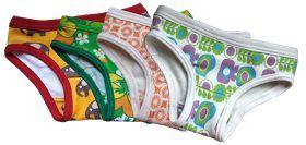 Kostenlose Schnittmuster und Nähanleitung für Mädchen Unterhosen (Fabrik der Träume)