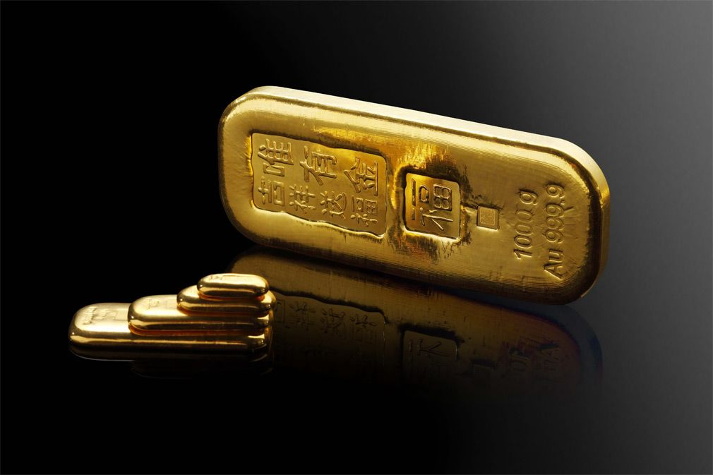 Individuals Saving For The Future World Gold Council Buying Gold Gold Investments Gold Money