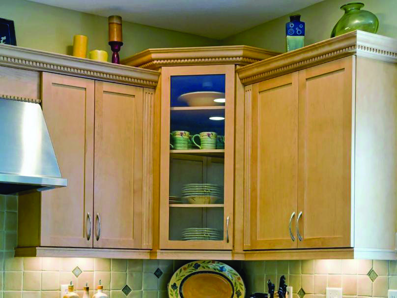 Homeeideas Com Corner Kitchen Cabinet Kitchen Cabinet Styles Kitchen Corner Cupboard