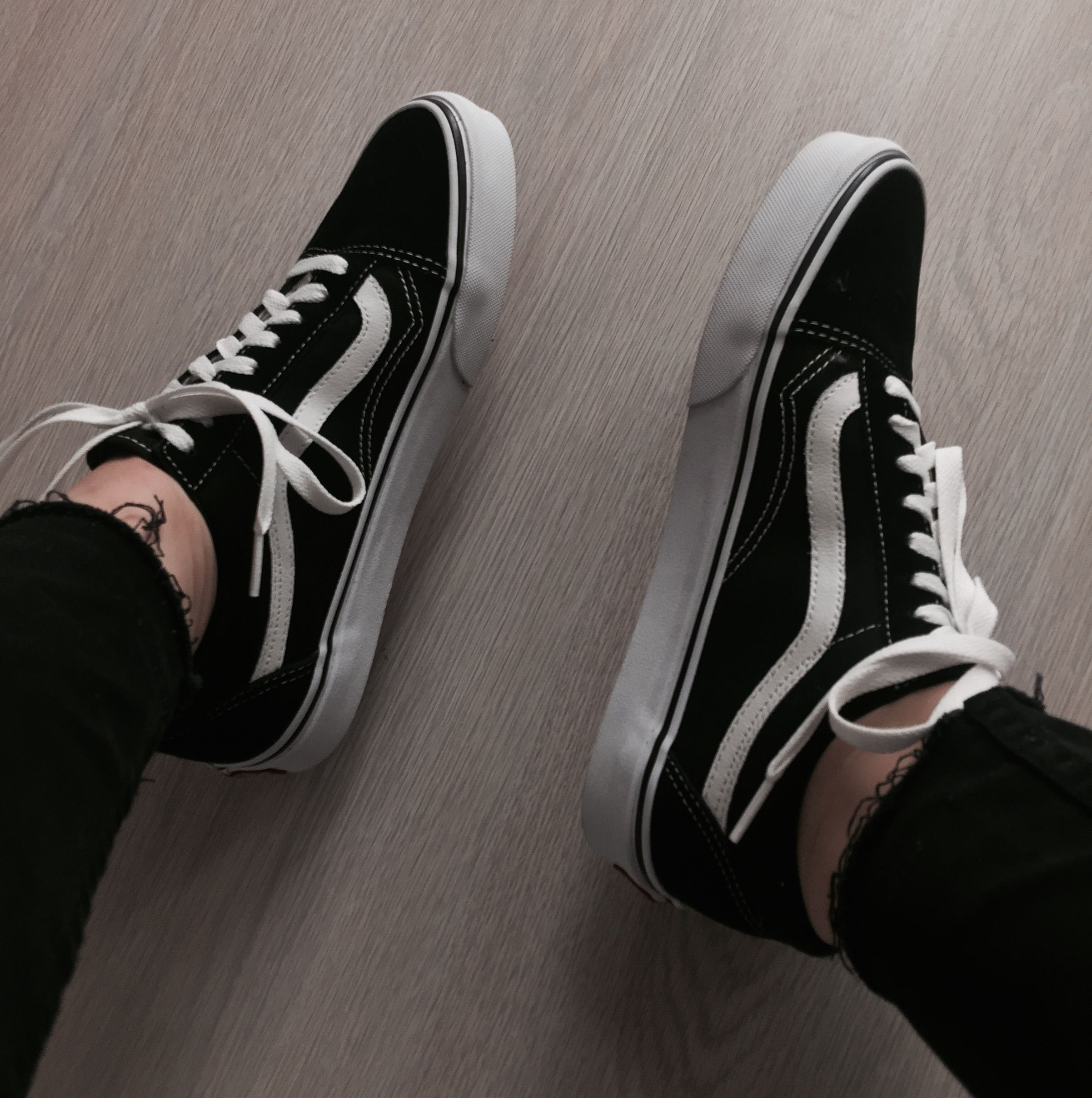 Astra (3 colors) | Vans chaussures, Chaussure sneakers et