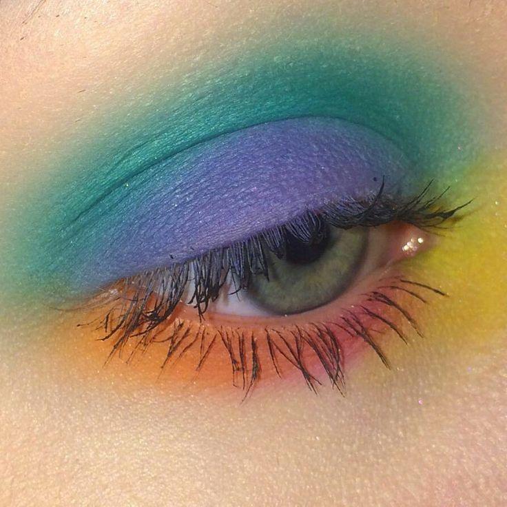 # Maquillaje # sombra de ojos # maquillaje # belleza