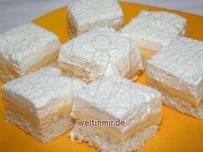Leckeres Rezept für Kuchen mit Kokosteig, Puddingcreme und Sahne. #czechfood