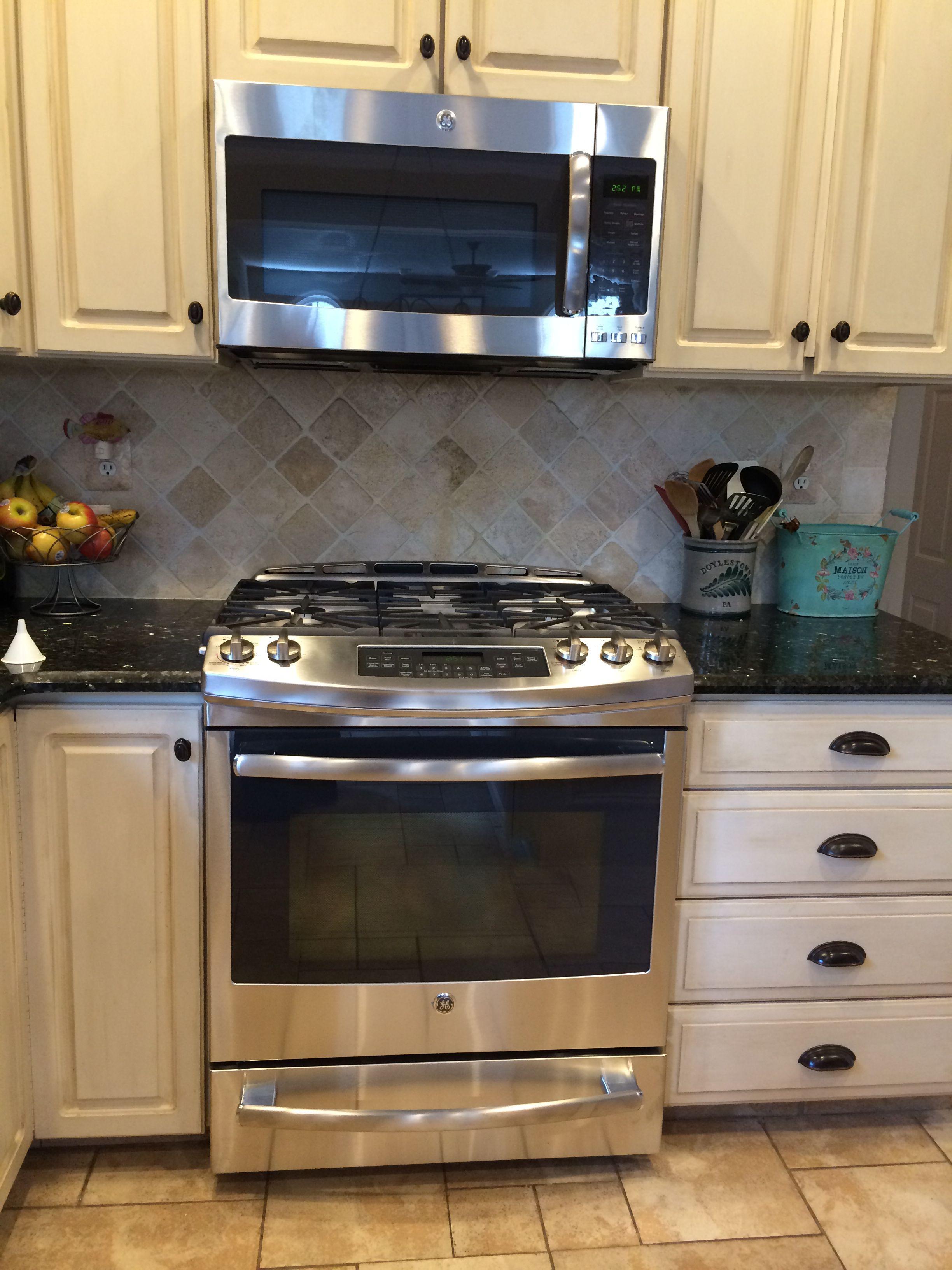 Annie Sloan kitchen cabinets in Old Ochre w dark wax. Love ...