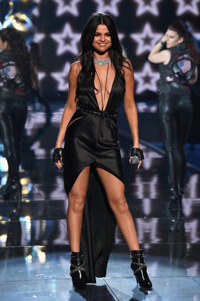 a0b63e3bb5f Selena Gomez Perfomance at Victoria s Secret Fashion Show 2015 ...