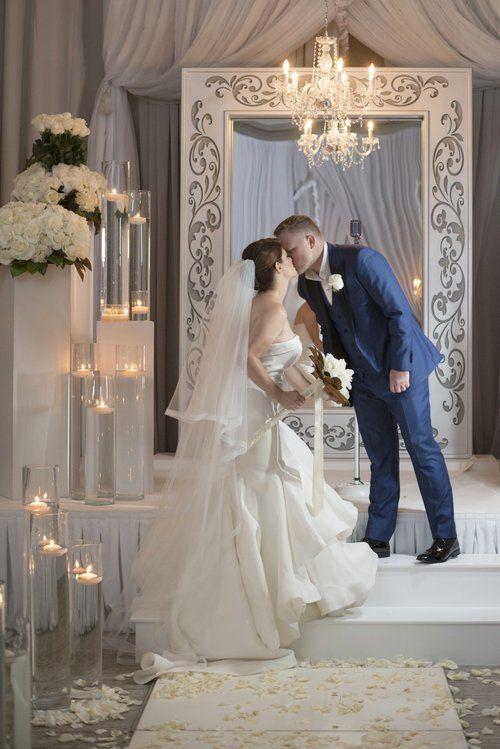 Wedding Portrait At White On Las Vegas Planner Andrea Eppolito O Photo