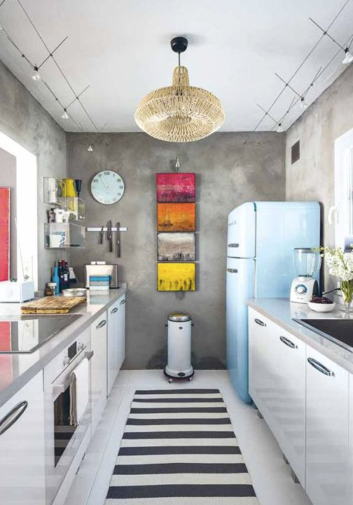 Your kitchen is just waiting for a fresh modern makeover. This collection of 25 unique ways to decorate using classic patterns is sure to help in the design process.
