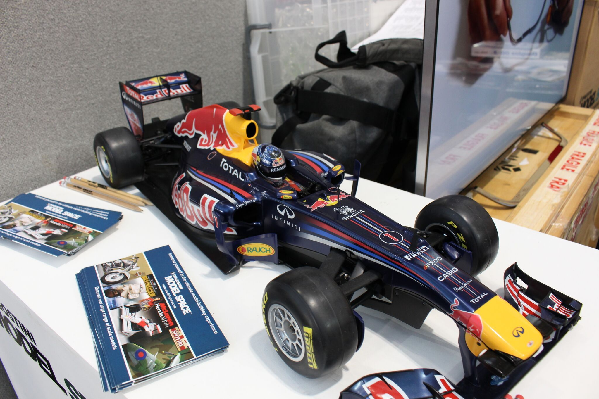 Using exhaust gases to improve rear downforce and grip, the RB7's performance in slow speed corners resulted in Vettel winning the world championship in 2011