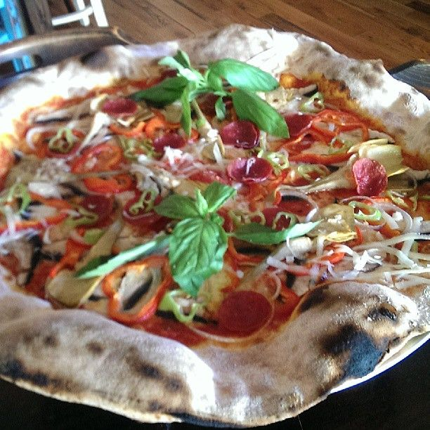 Lucali Ny Food Ny Pizza Great Pizza