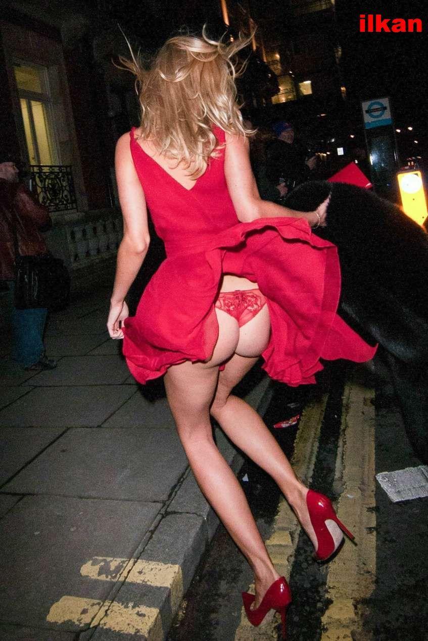 Paparazzi Kimberley Garner naked (27 photo), Topless, Hot, Feet, bra 2017
