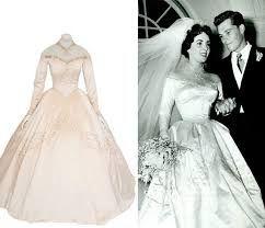Great Elizabeth Taylor Wedding Dress   Google Search | Vintage Bridal | Pinterest  | Elizabeth Taylor, Vintage Bridal And Wedding Dress