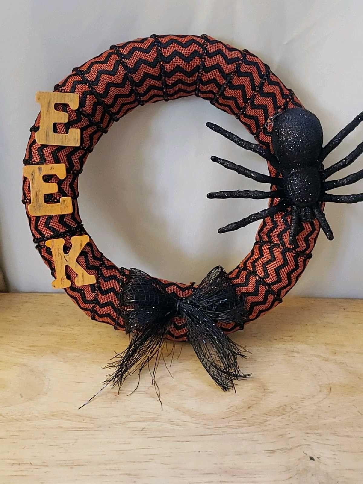 DIY Halloween wreath (all Dollar Tree items) Diy