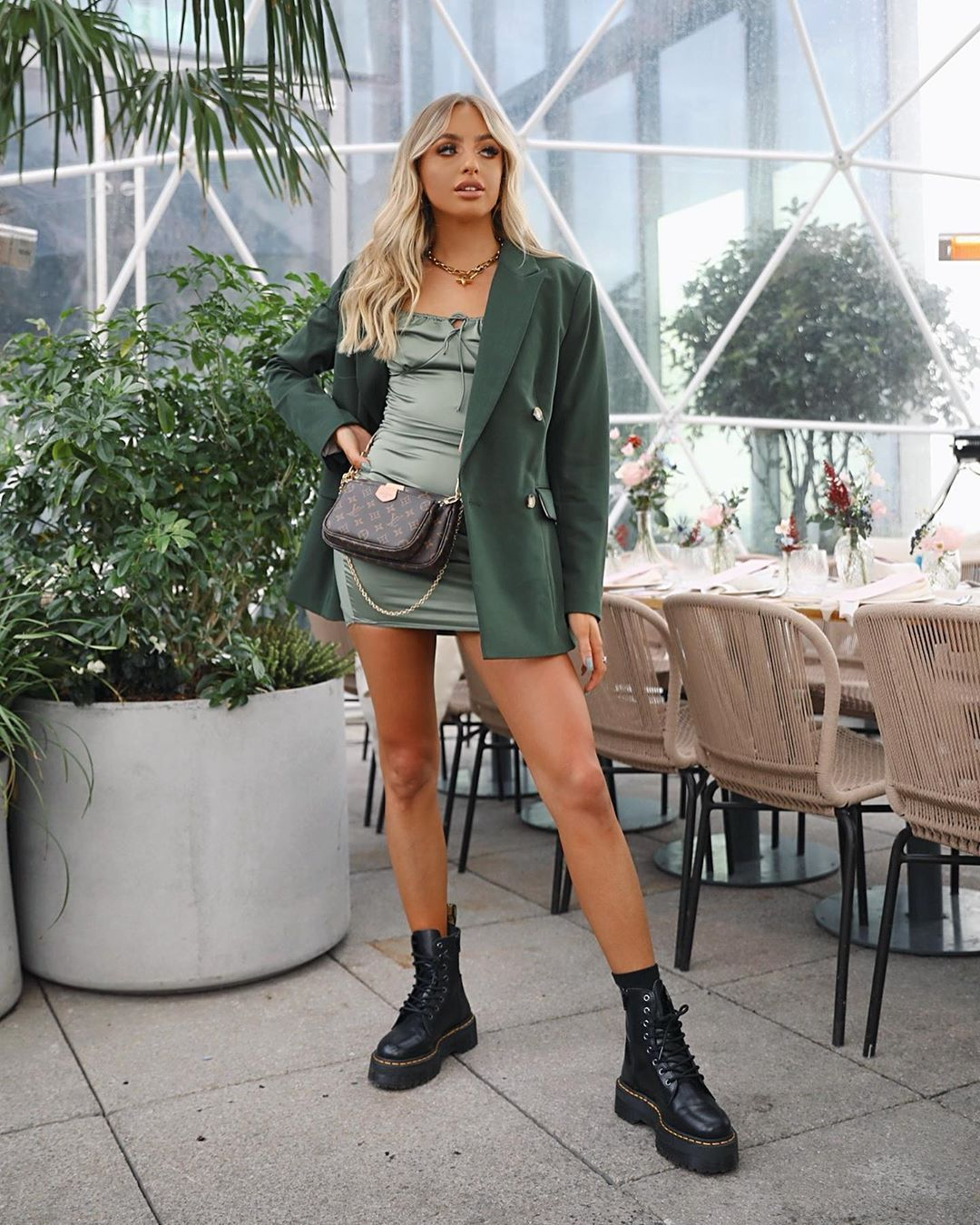 "3,903 curtidas, 79 comentários - 𝖇 𝖊 𝖙 𝖍 𝖆 𝖓 (@bethanmccoy) no Instagram: ""Just a cute lil brunch w @topshop @liketoknow.it 🥑🍃☕️#topshopstyle"""