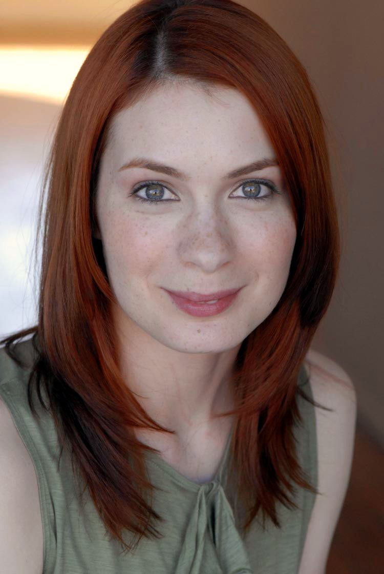 felicia day geek and sundry