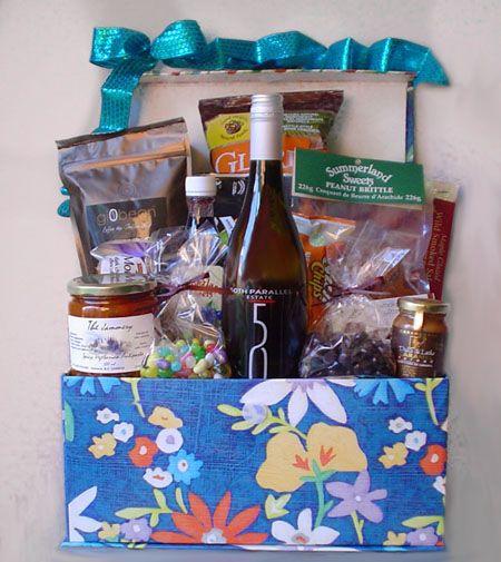 Gorgeous Gift Baskets Kelowna BC!!! http://www.pinkshark.ca/