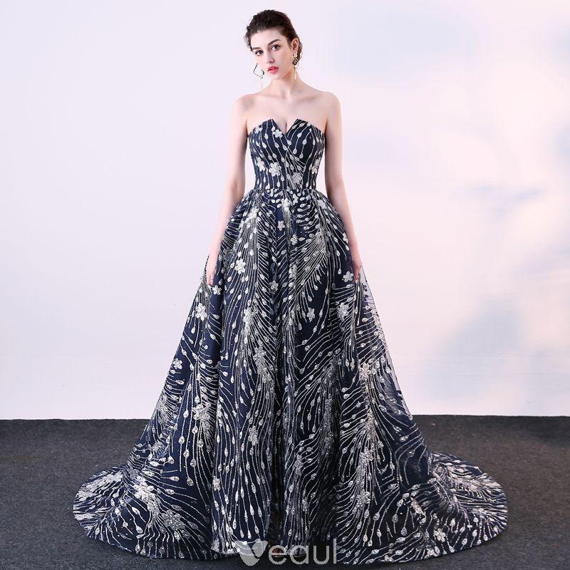 9edcd18cc9 Stylowe   Modne Złote Sukienki Wieczorowe 2019 Princessa Wycięciem  Frezowanie Cekiny Kótkie Rękawy Bez Pleców Metal Szarfa Długie Sukienki  Wizytowe