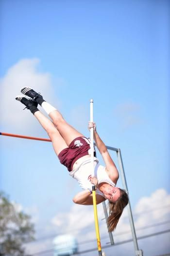 VC pole vaulter sets new parish record