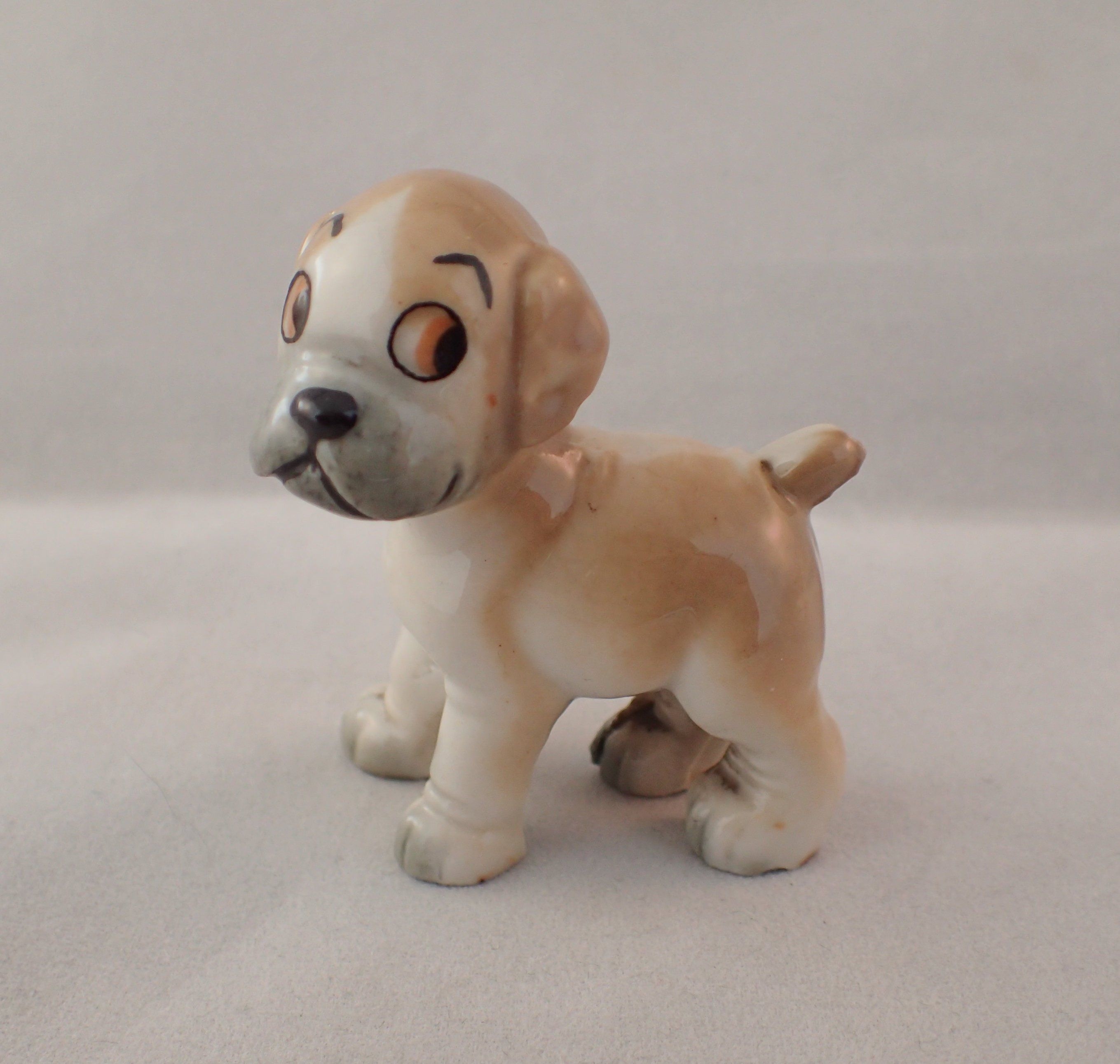 Wade Bengo The Boxer Pup From 1960s Tv Pets Wade Tv Series 5 5cm 2 2 Tall In 2020 Boxer Puppies Pup Boxer Dogs