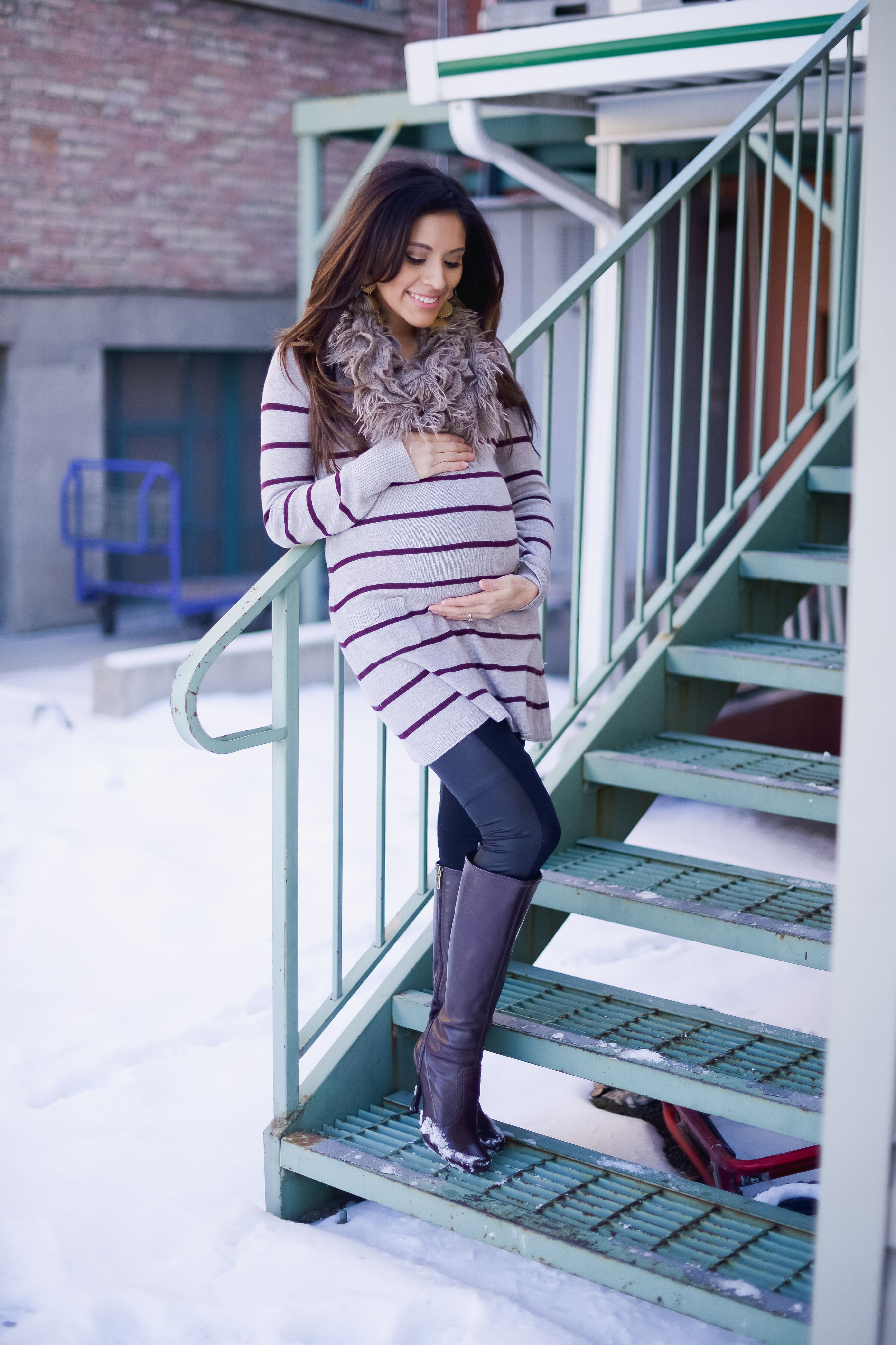 3f0d5dd82e1a0 42 Outfit Ideas for Pregnant During Winter That's will Make You Cozy  https://