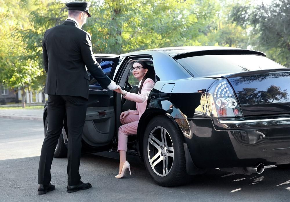 Reasons To Hire A Limo Service (With images) Limo
