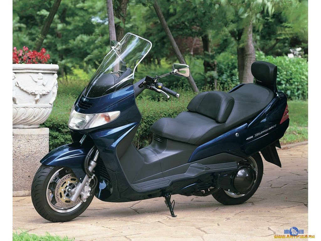 Suzuki Burgman 400 Suzuki Motorbikes Moped