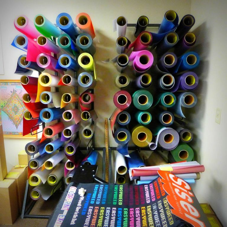Creative Cricut And Vinyl Projects On Pinterest: Heat Transfer Vinyl-need To Check This One Out