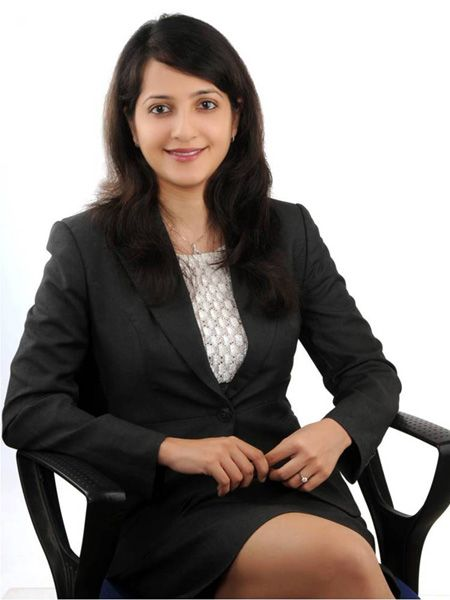Sonya Hooja - Successful Investment Banker | Women