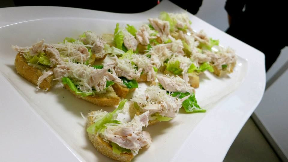 Mini chicken caesar salad canap s christmas dinner party for Chicken canape ideas